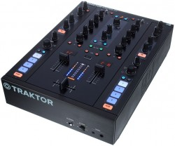 Mixer Traktor Kontrol Z2 Native Instruments R$4.100,00 Magazine